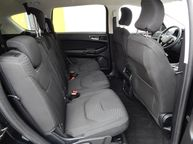 Ford S-MAX - 9